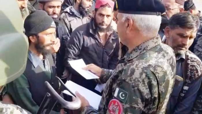 faizabad army