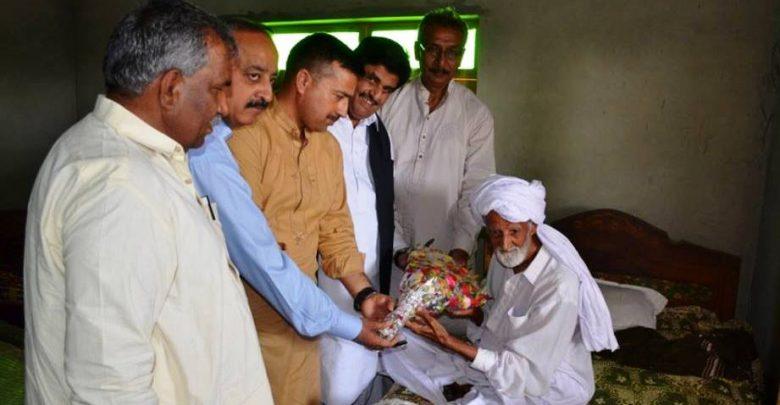 seraiki poet ahmad khan tariq passes away news and article on girdopesh.com
