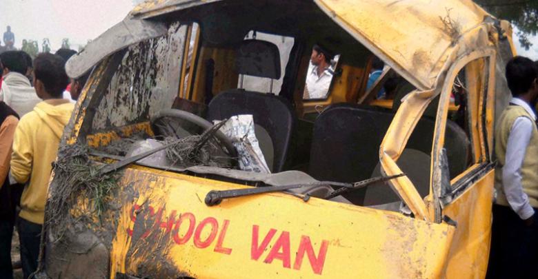 school van truck accident lyyah news at girdopesh.com