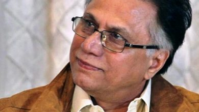 columns of hassan-nisar at girdopesh