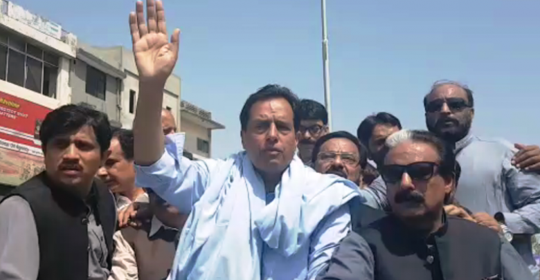 captain safdar