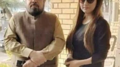 hareem shah and mufti qavi
